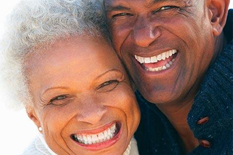 Por que fazer um implante dentário